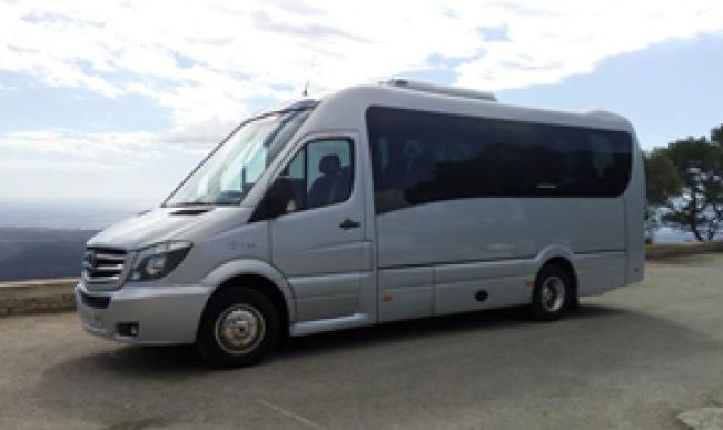 Palma airport taxi bus to Santa Ponsa.