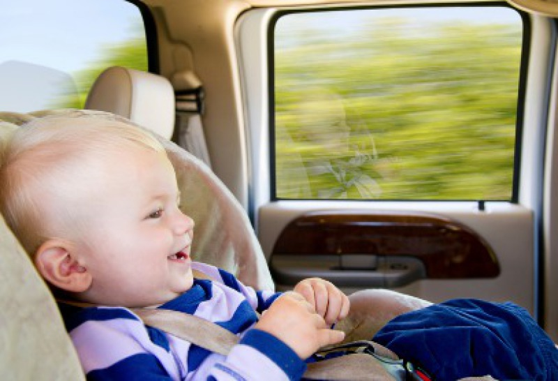 Transfers and taxi with child seat to Hotel Sur