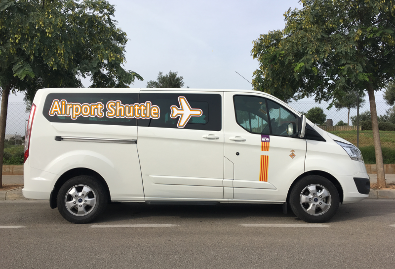 Taxi and transfers to Apartments Ses Roquetes